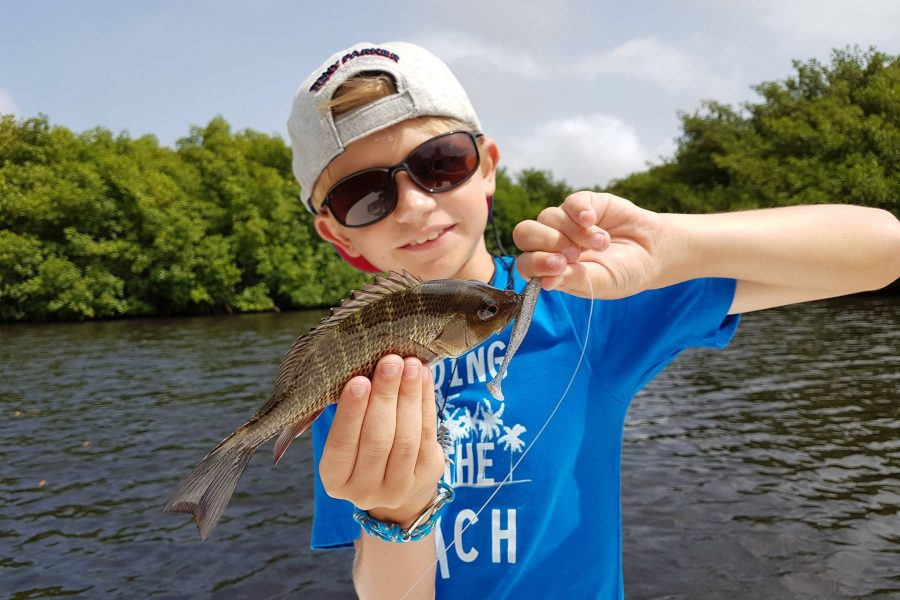 Louis, pêcheur de baby Tarpon à 9 ans !!!