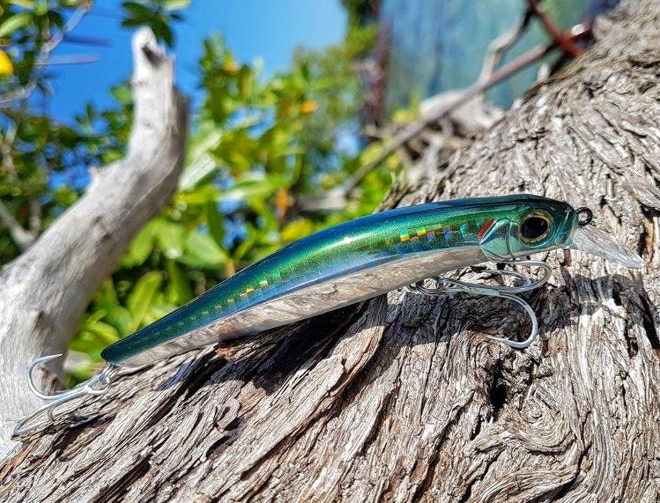 Artist. Matériel de pêche aux leurres pour la Guadeloupe.