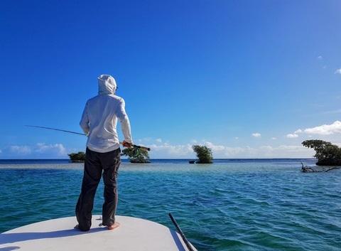 Pêche en bateau à fond plat