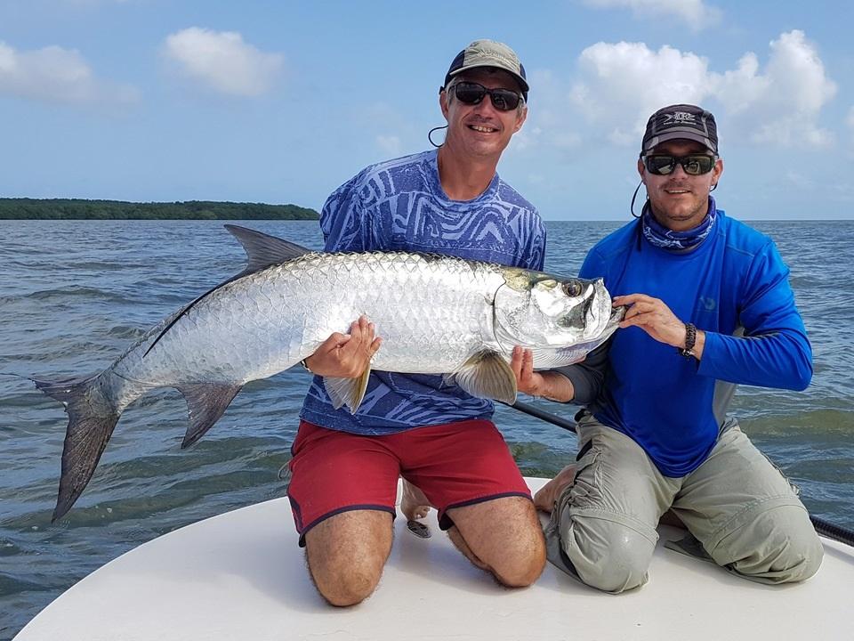 pêche du tarpon avec un guide de pêche